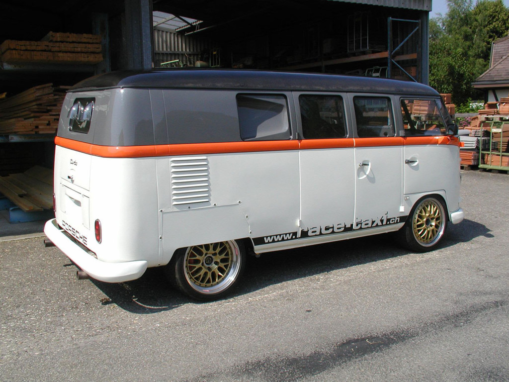 1962 VW Bus with twin-turbo Porsche 993 engine