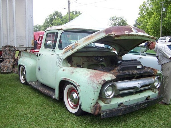 1956 Ford F-100 with a Viper V10 – Engine Swap Depot