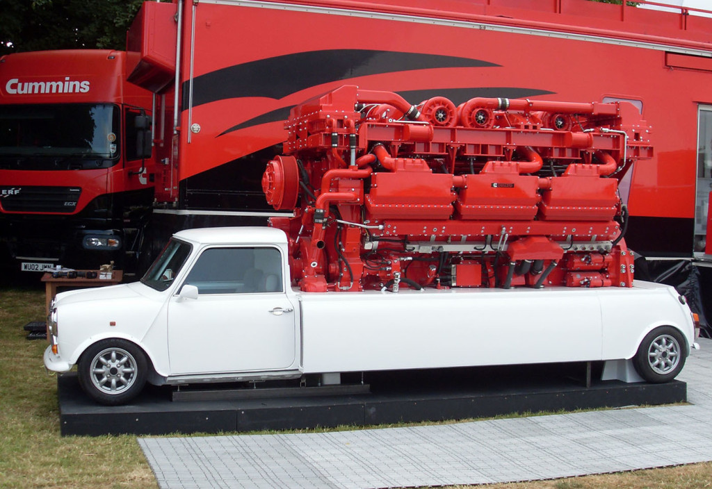 Cummins Austin Mini with a QSK78 V18 diesel engine