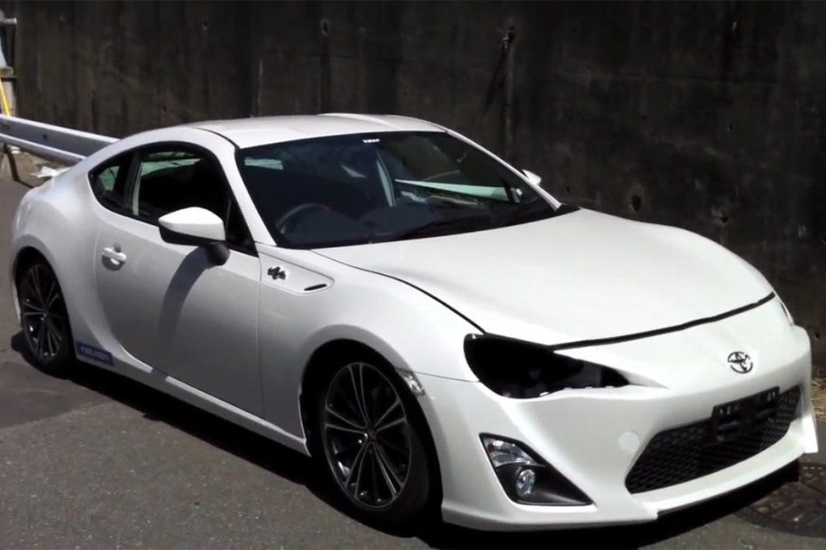 Toyota FT-86 with a 2JZ inline-six