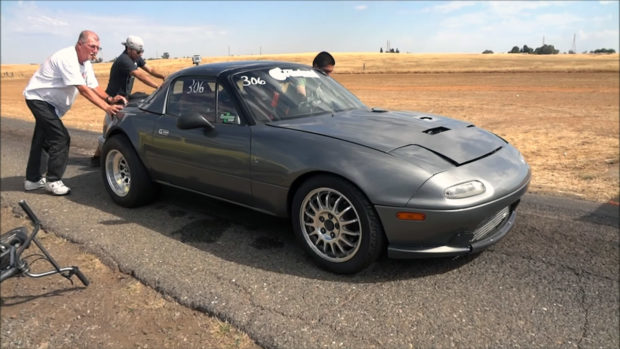 Mazda Miata with a turbo RB26 inline-six