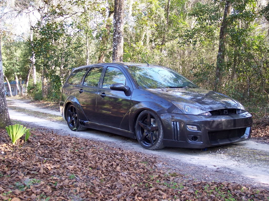 RWD Ford Focus Wagon with a 4.6 L Mustang V8