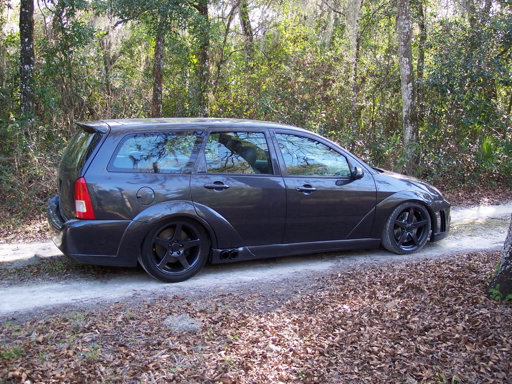 2001 ford focus se wagon specs