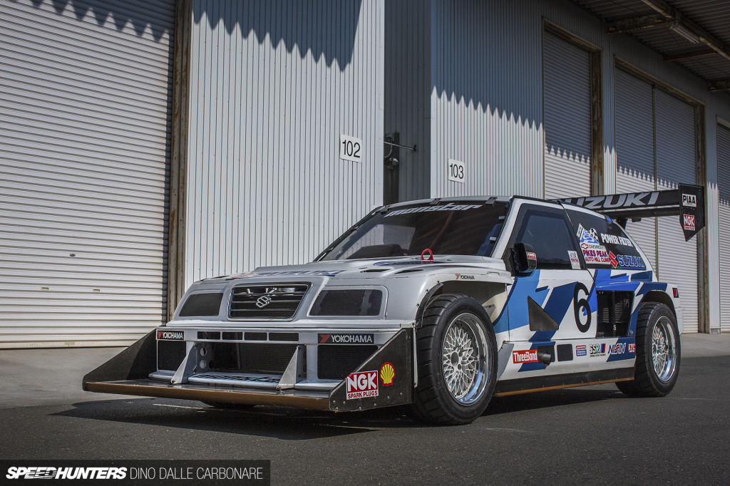 monster_sports_1995_twin_engine_escudo_01