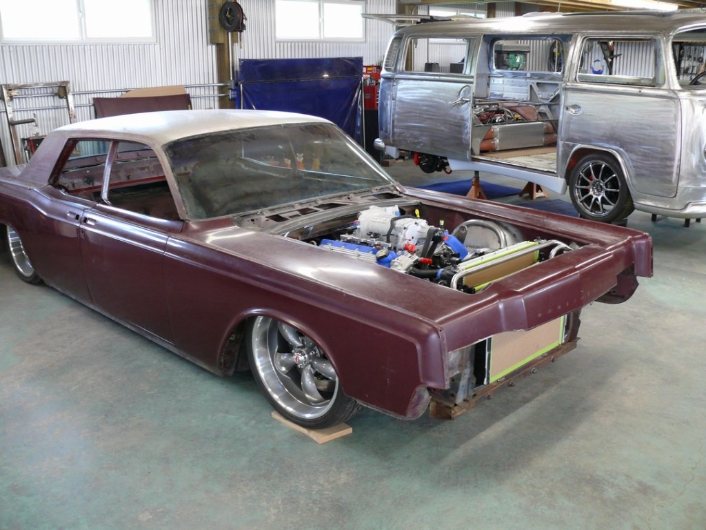 1966_lincoln_continental_with_gt500_04