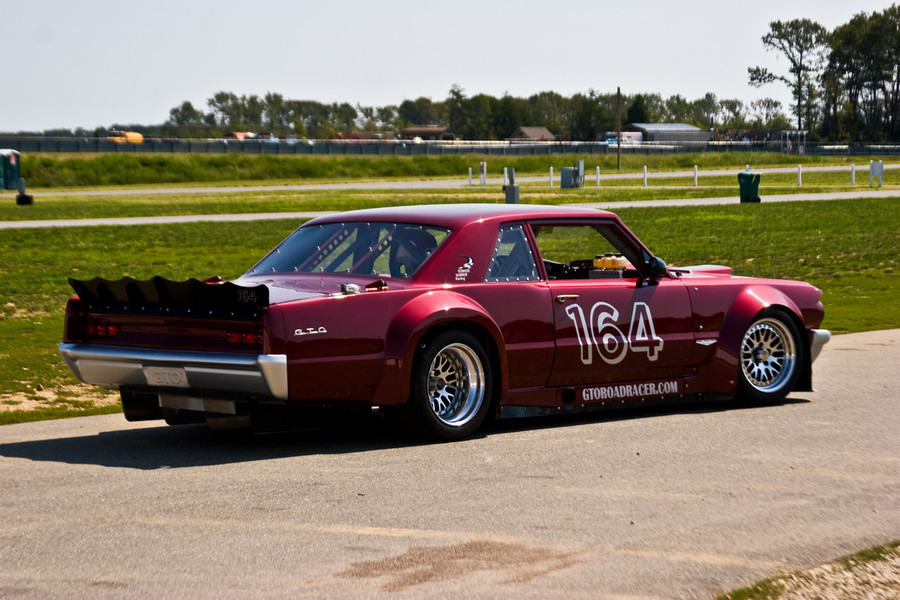 1964_gto_road_racer_with_416ci_ls3_04