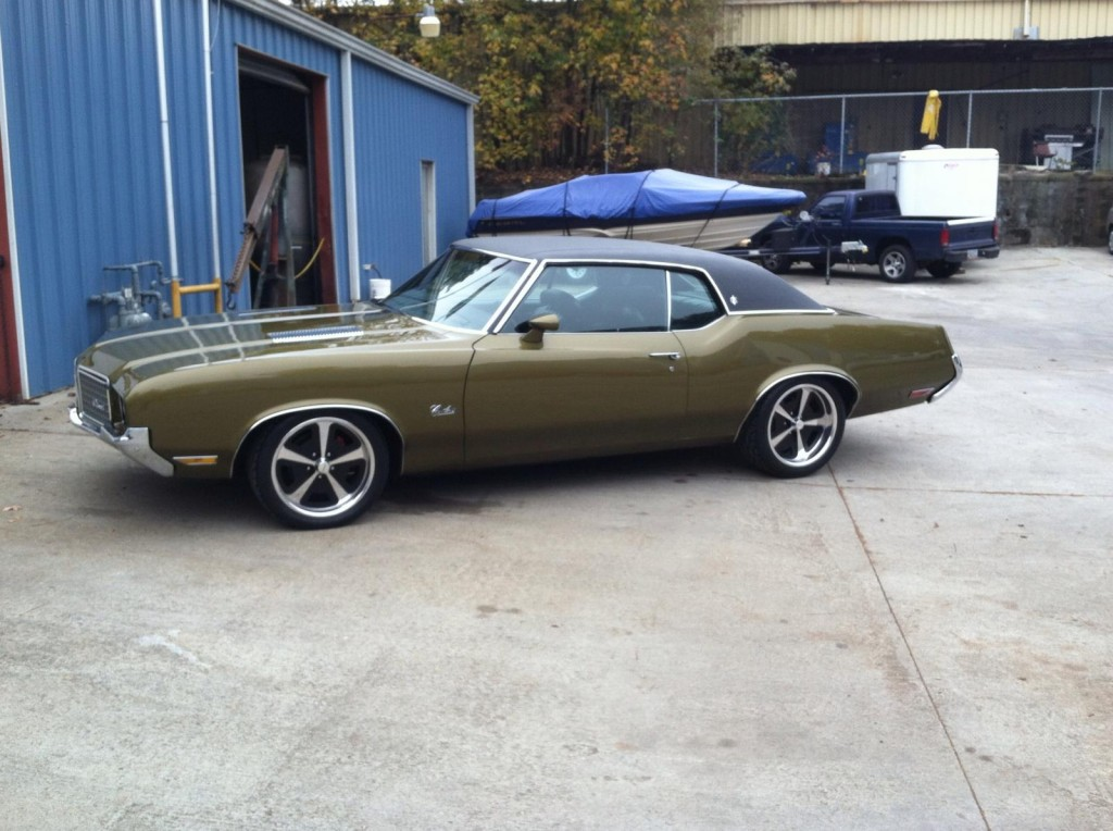 1972_oldsmobile_cutlass_with_ls1_01
