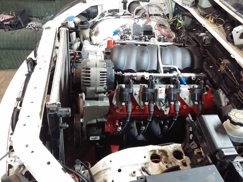 Kia Sorento with LSx V8
