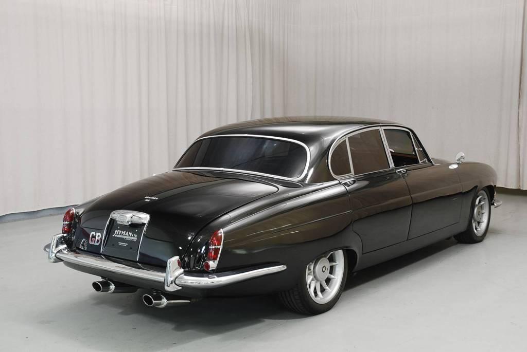 1966 Jaguar Mark X With A Modern XJR-6 Drivetrain ... on jaguar size, jaguar xk, jaguar xj, jaguar concept, jaguar xj8, jaguar supercharged v8, jaguar f series, jaguar xe, jaguar xx, jaguar xjr, jaguar xf, jaguar luxury, jaguar 4.2 engine, jaguar xj6, jaguar sport, jaguar car prices, jaguar spectre,