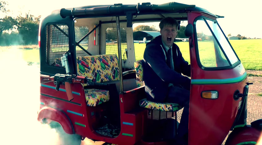 Colin Furze Tuk Tuk Rickshaw with CBR600 motorcycle engine