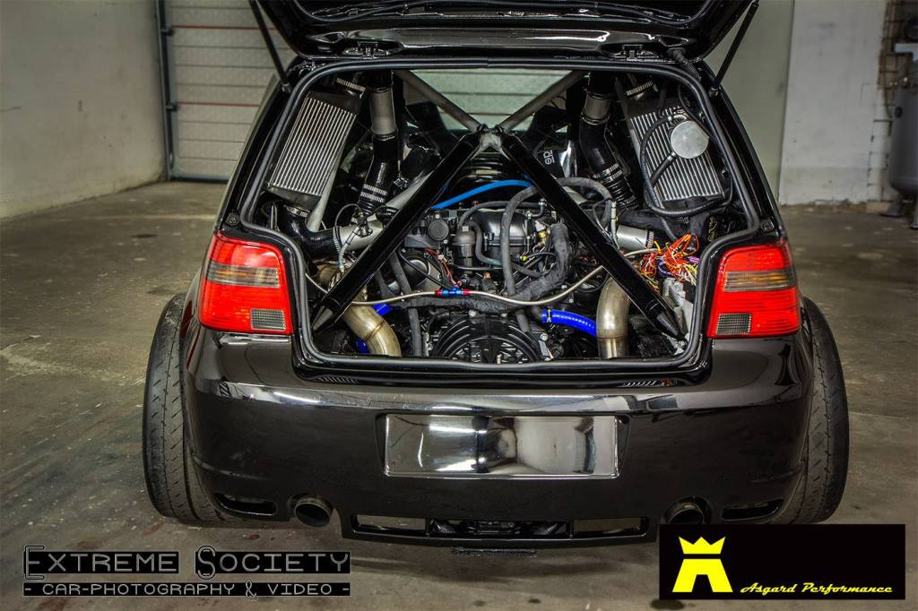 Vw Golf With A Twin Turbo Lamborghini V10 Engine Swap Depot