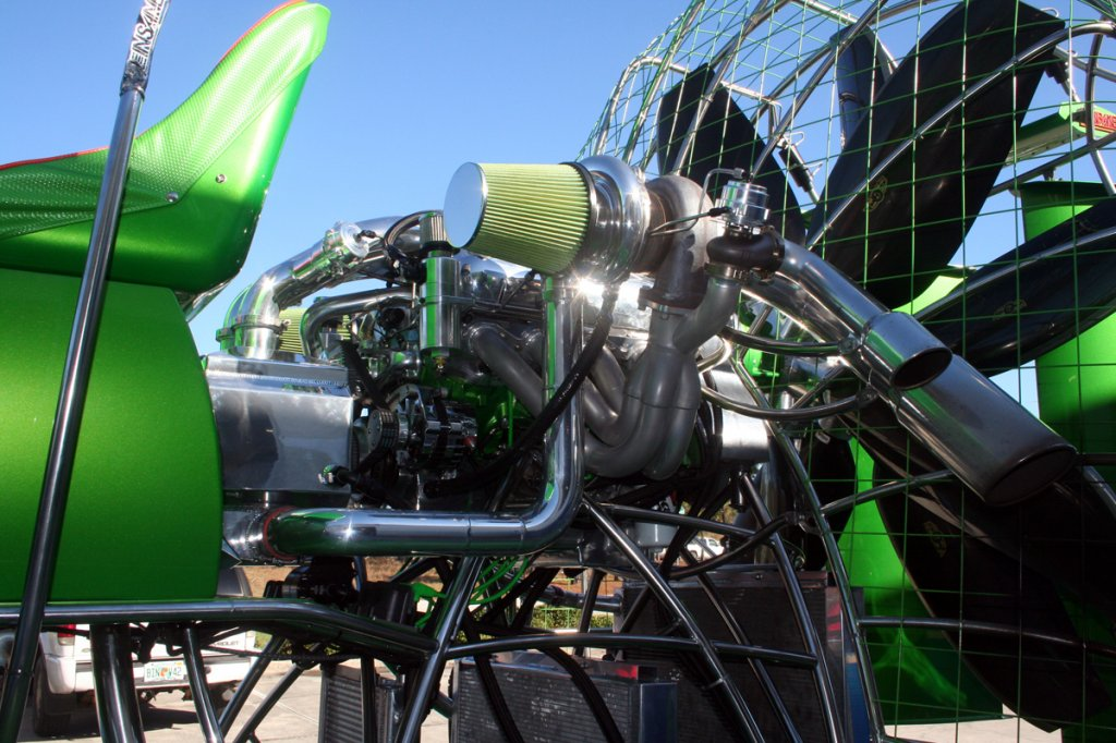 Air Boat With A 2,500 HP Twin-turbo V8 – Engine Swap Depot