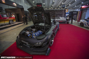 Mad Mike's HUMBUL: A Twin-turbo 26B powered RX-7