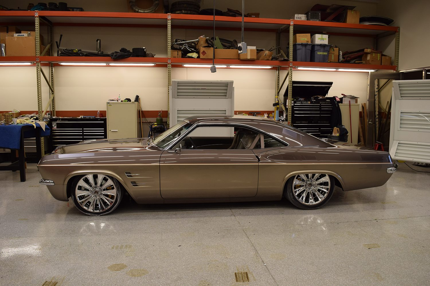 1965 Impala On A Corvette Chassis Wins Fourth Ridler Award For Foose 1966 Chevy Frame Imposter With 2009