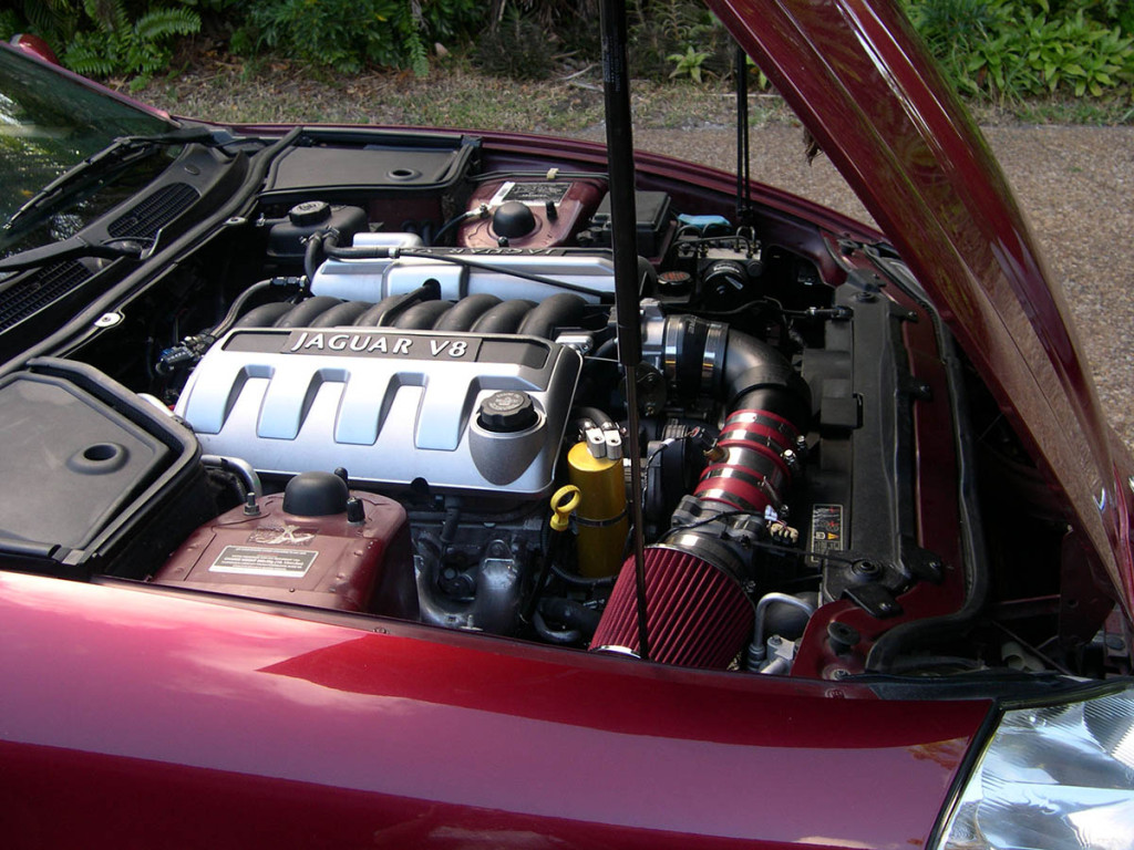 LS1 from 2000 Corvette inside the engine bay of a 1997 Jaguar XK8