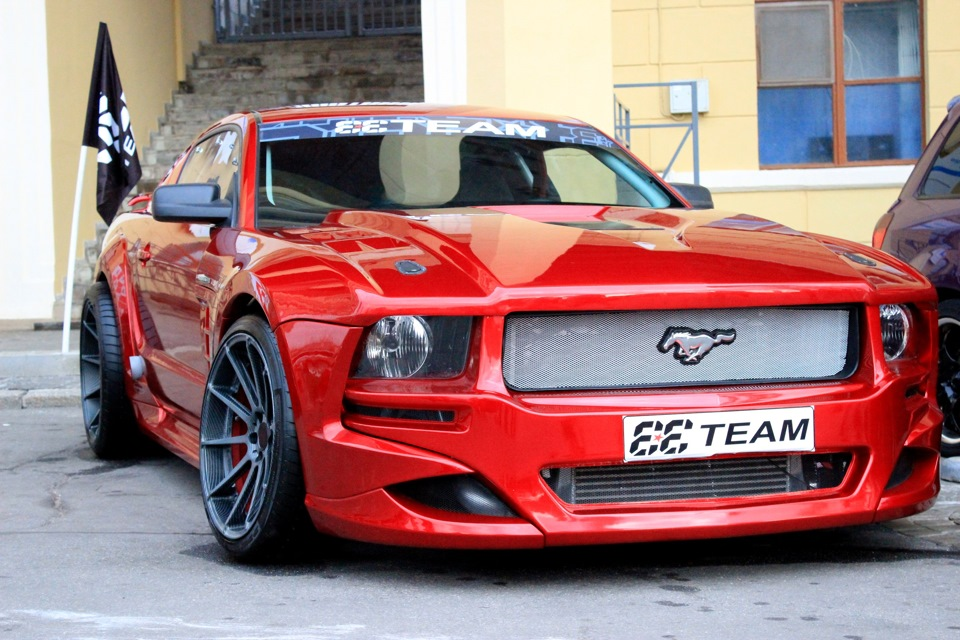Ford Mustang With A Mercedes M V