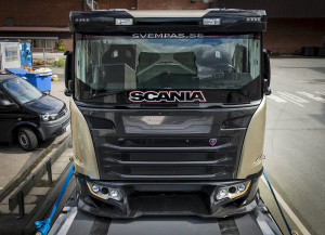 Scania Chimera Semi Truck With Six Turbo V8