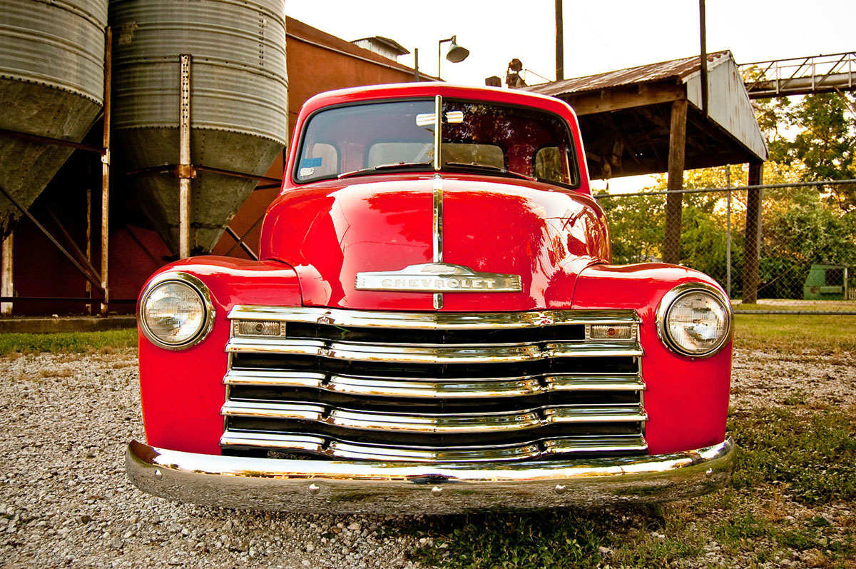 for sale  1952 chevy truck with a vortec 350  u2013 engine swap