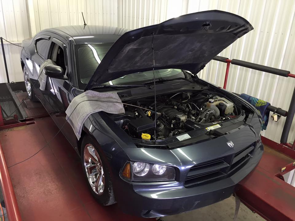 2008 Dodge Charger with a 6.0 L LQ4 V8