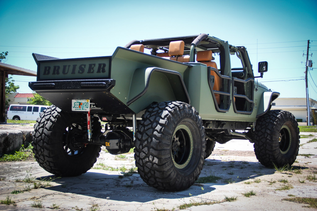 Custom 2007 jeep wrangler with a cummins turbo diesel for Jeep with diesel motor