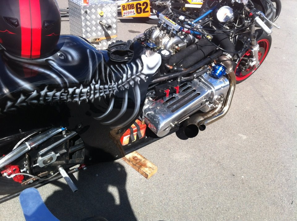 Drag Motorcycle with a 600 HP turbo 13B rotary