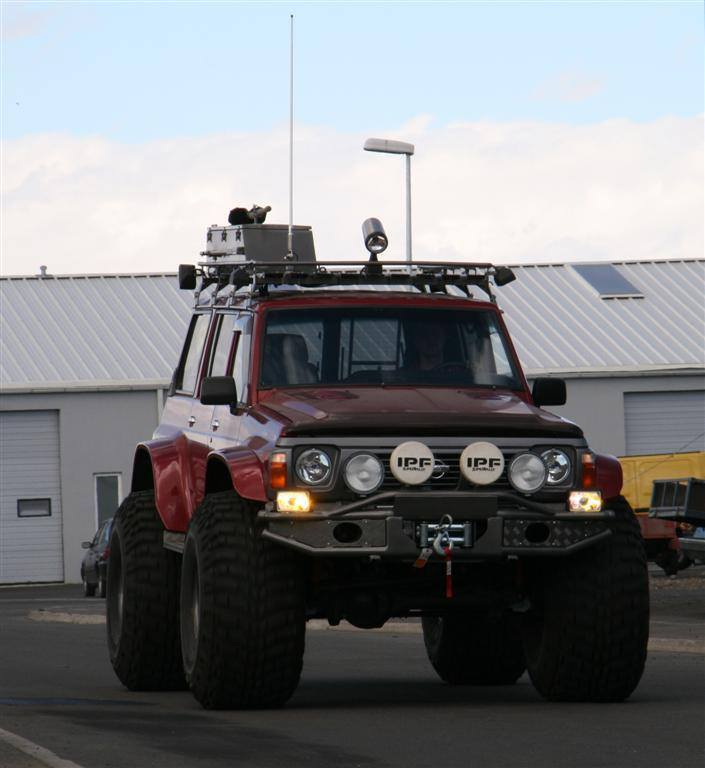 Nissan Patrol with a Duramax Diesel V8 ndash Engine Swap Depot