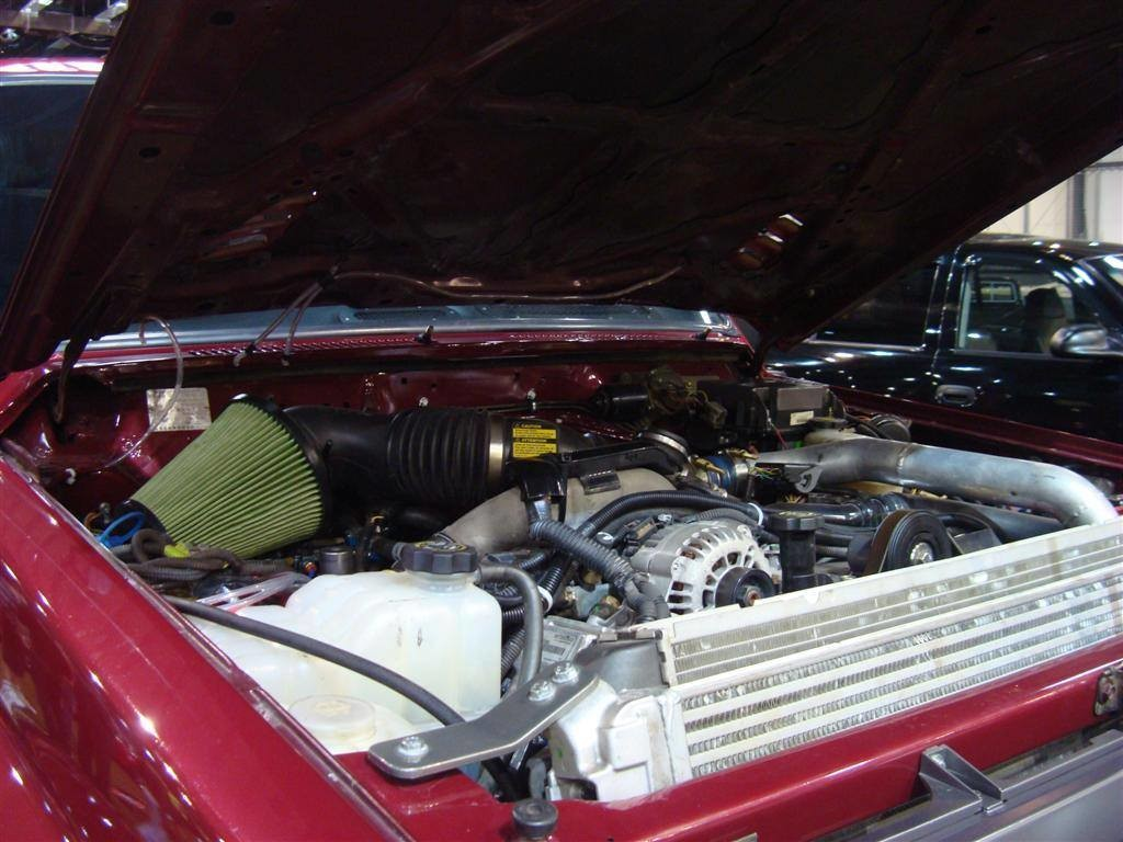 Nissan Patrol with a Duramax Diesel V8 – Engine Swap Depot
