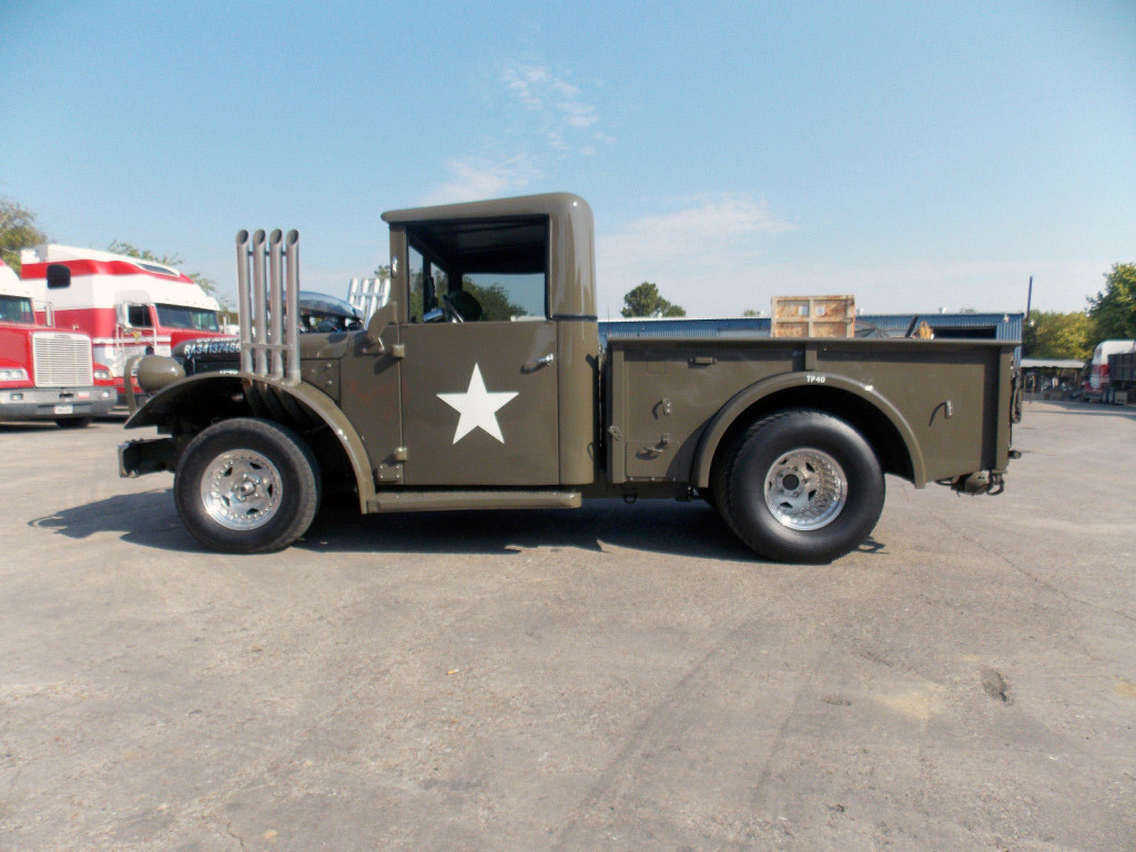 1962 Dodge M37 with a Supercharged HEMI V8