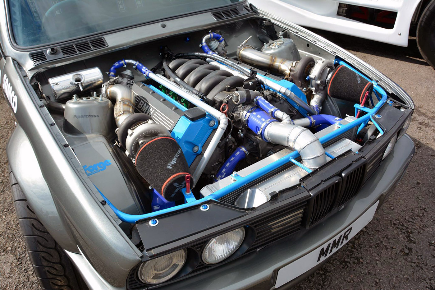 BMW E30 with a Twin-turbo M60 – Engine Swap Depot