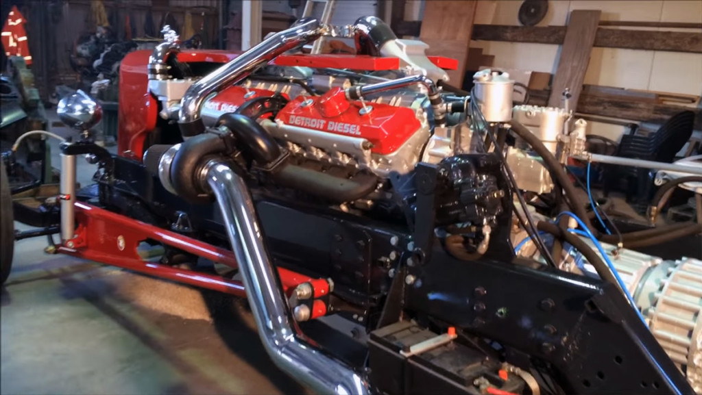 Twin-turbo V16 Detroit Diesel 16V-72 Hot Rod