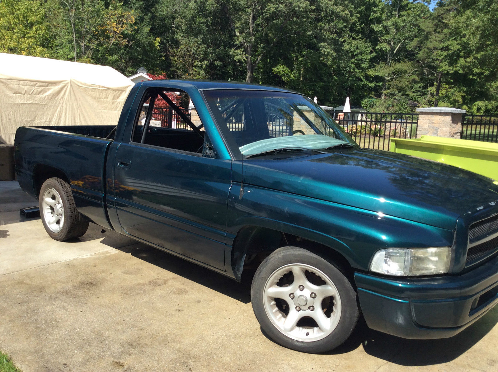 For sale dodge ram 1500 with a magnum v10 Dodge ram motors