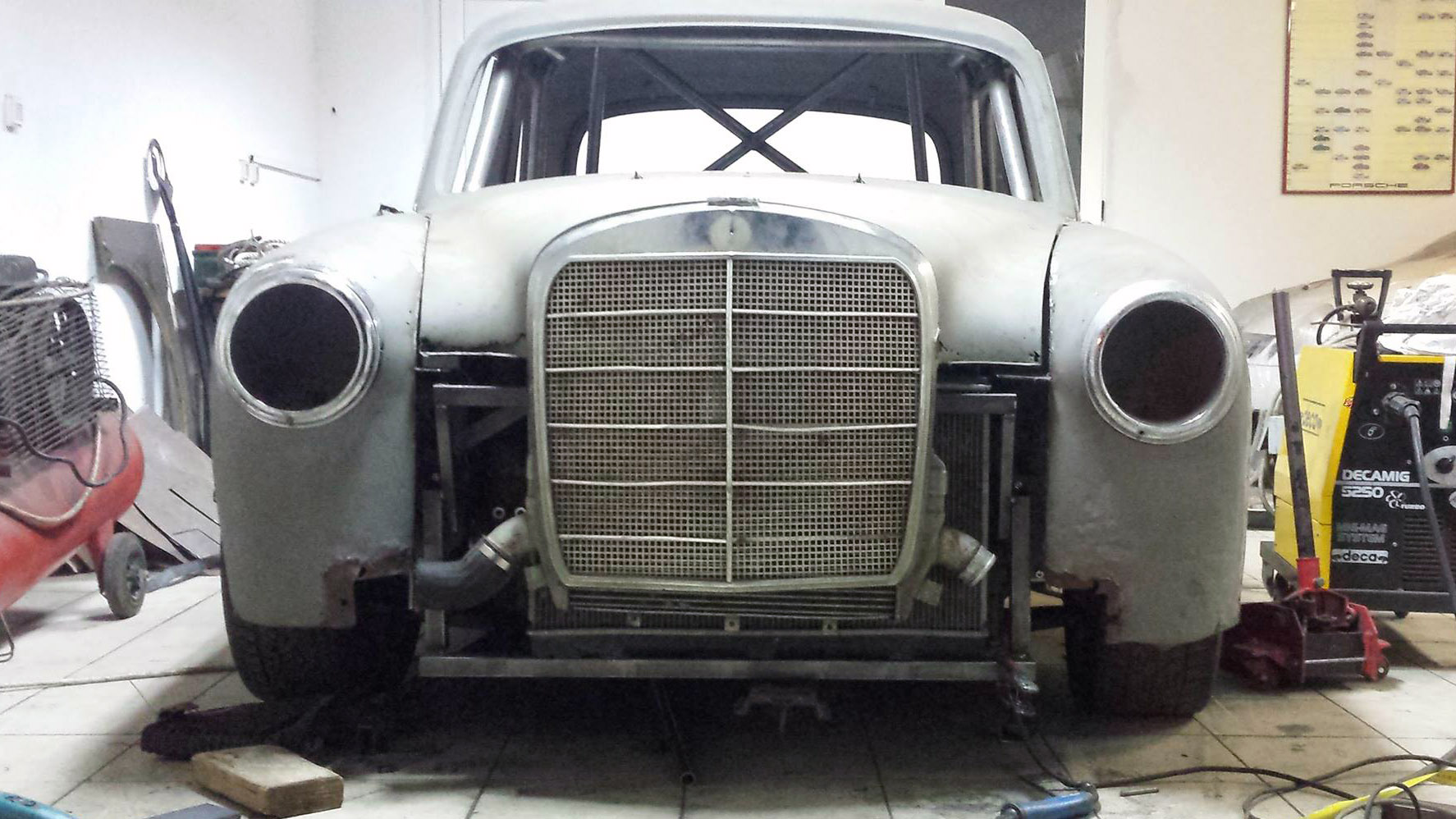 1961 mercedes ponton with an evo powertrain engine swap depot 1961 mercedes ponton with an evo powertrain sciox Images