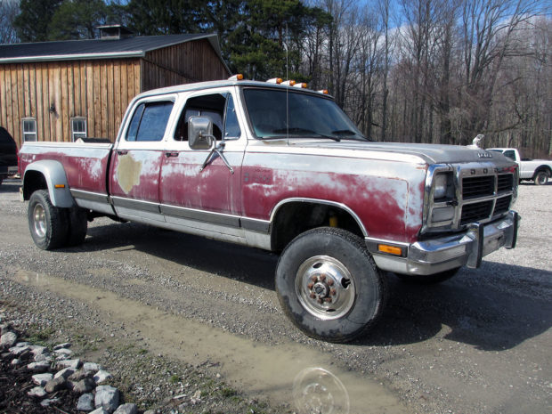 1985 Dodge Ram with a turbo 5.9 L Cummins