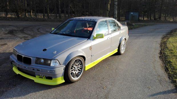 Dan Racing BMW E36 with a turbo 1UZ-FE V8