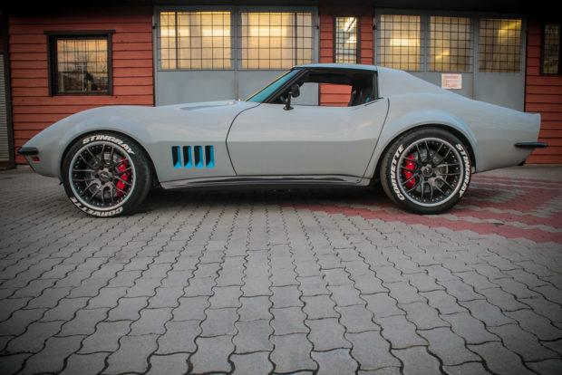 C3 Corvette with a C6 Powertrain - engineswapdepot com