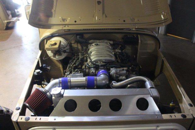 Custom 1976 Land Cruiser with a 1UZ-FE V8