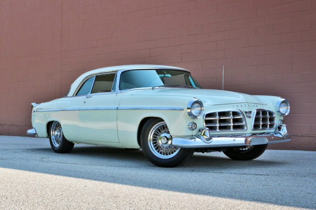 1955 Chrysler 300 with a 426 ci Gen 3 HEMI V8
