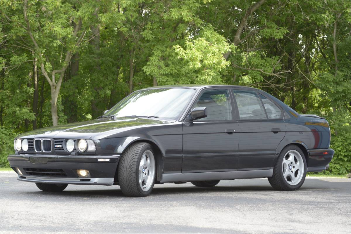 1993 Bmw E34 M5 With A M70 V12 Engine Swap Depot