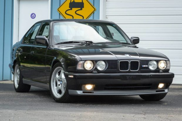 1993 BMW E34 M5 with a M70 V12 – Engine Swap Depot
