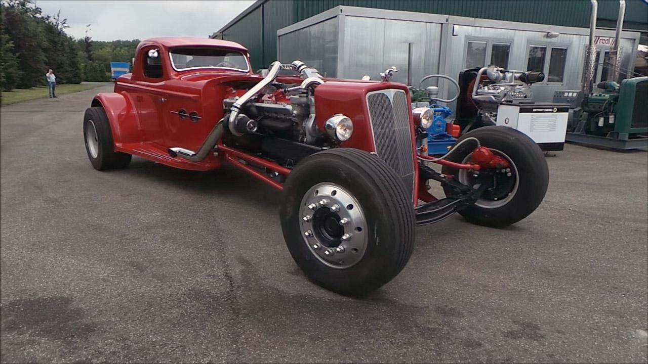 Twin-turbo V16 Detroit Diesel 16V-71 Hot Rod