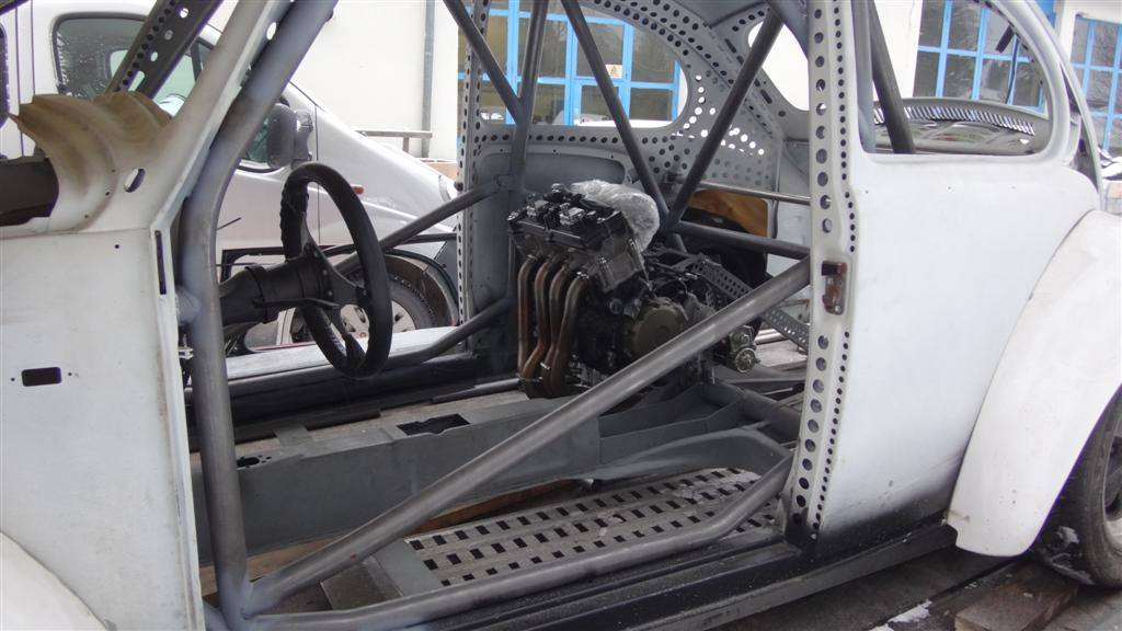 Vw Beetle With A Honda Cbr Rr Inline Four on Vw Beetle Transmission Swap