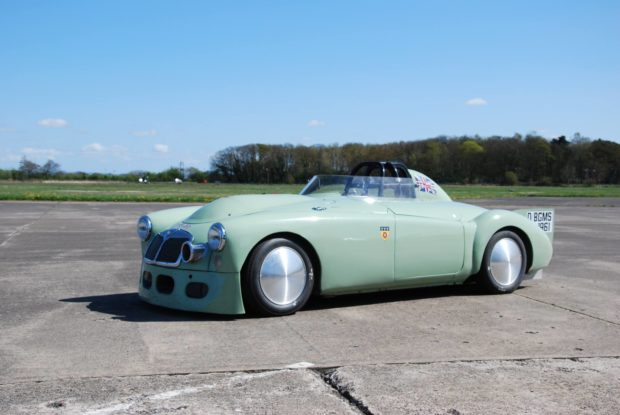 Land Speed MG MGA with a 5.0 L Coyote V8