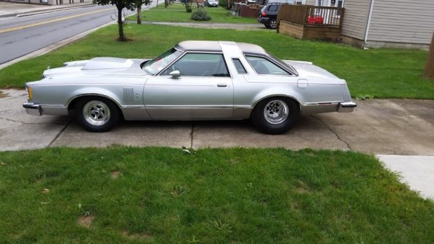 1978 Ford Thunderbird with a 545 ci big-block Ford V8