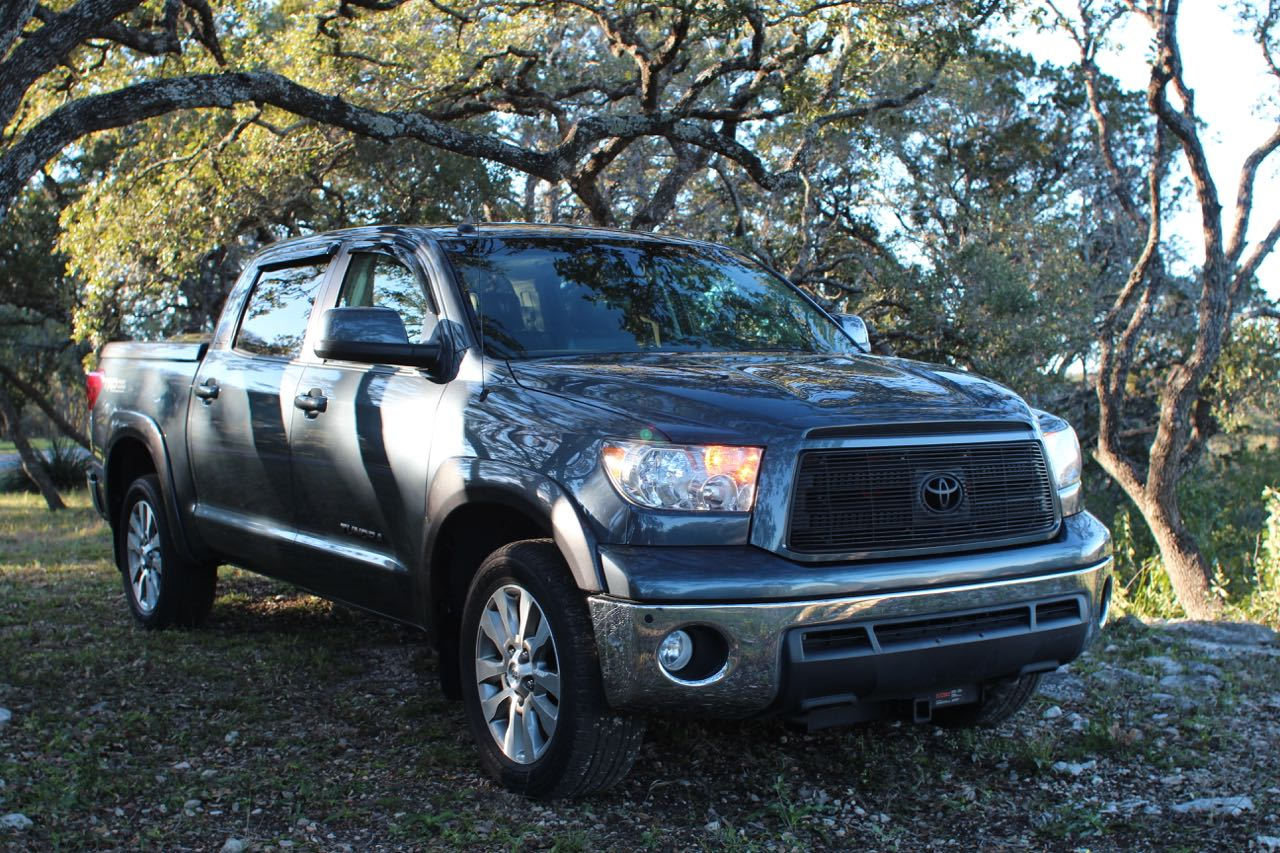 2016 Tundra Diesel >> 2010 Toyota Tundra With A Twin Turbo Diesel V8 Engine Swap