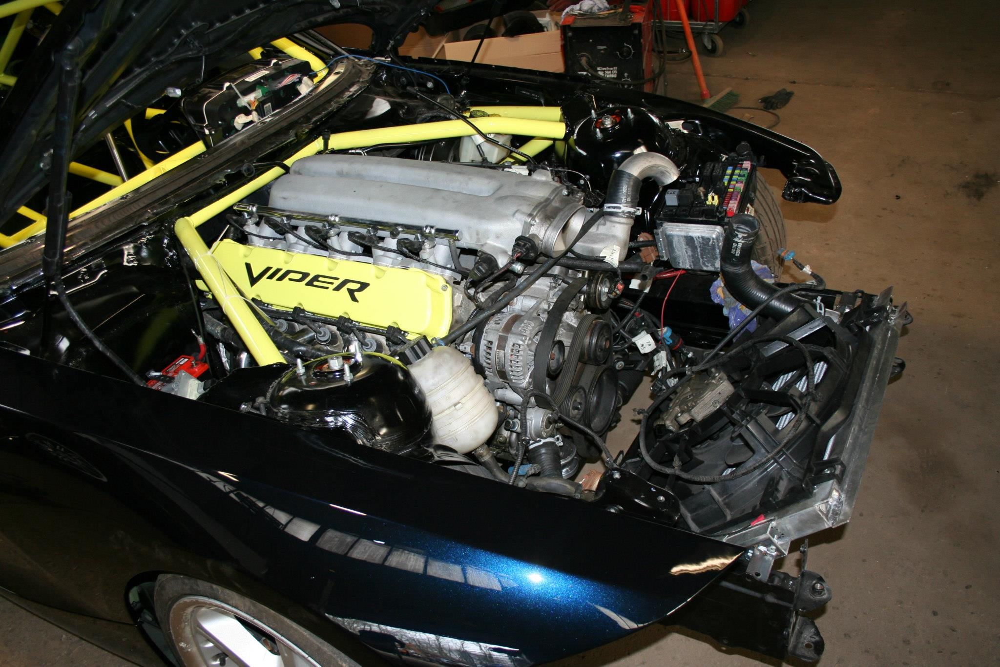 Bmw Z4 With A Dodge Srt 10 V10 Update Engine Swap Depot
