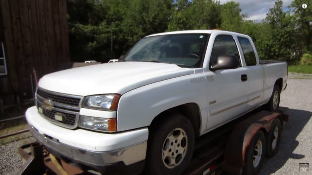 2006 Chevy Silverado 1500 2WD truck donor for 5.3 L LM7 V8 and 4L60E transmission