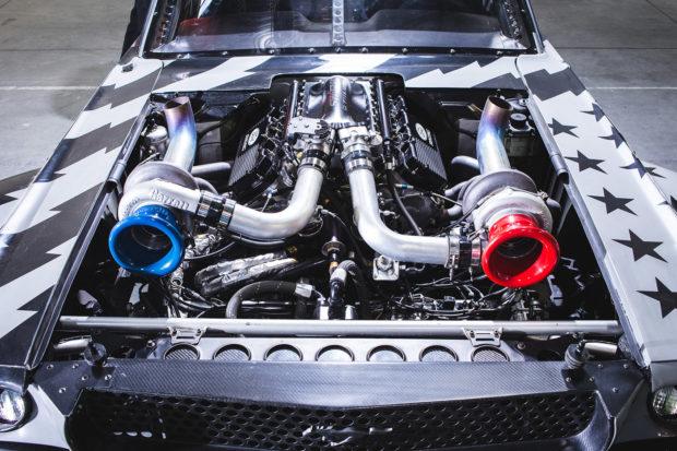 Hoonicorn V2 1965 Mustang twin-turbo Roush V8