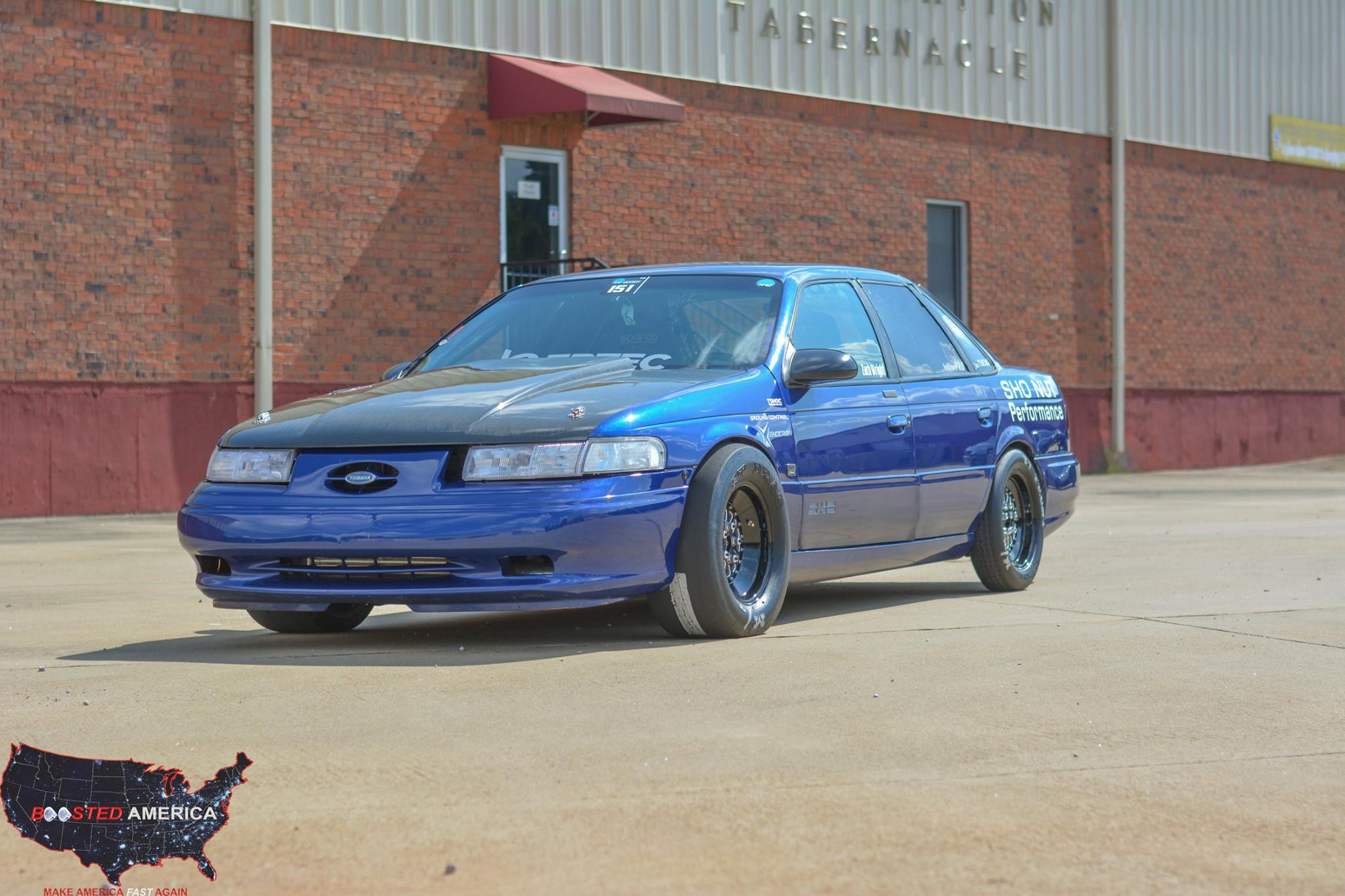 Zach Wright Affectionately Calls His Ford Taurus Sho The Blue Turd The Name Might Be Self Deprecating But Nothing About This Car Is Modest