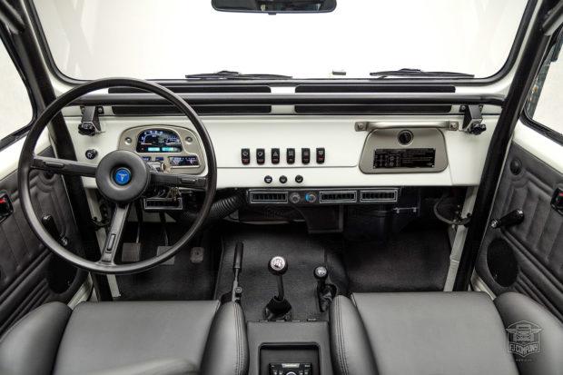 1982 Toyota Land Cruiser FJ43 with a 4.5 L 1FZ-FE inline-six