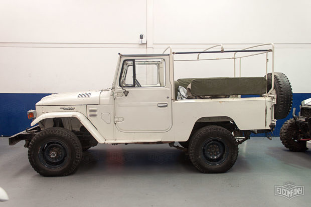 1982 Land Cruiser with a 1FZ-FE Inline-Six